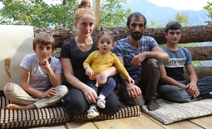Kanser hastası baba ve çocukları yardım bekliyor