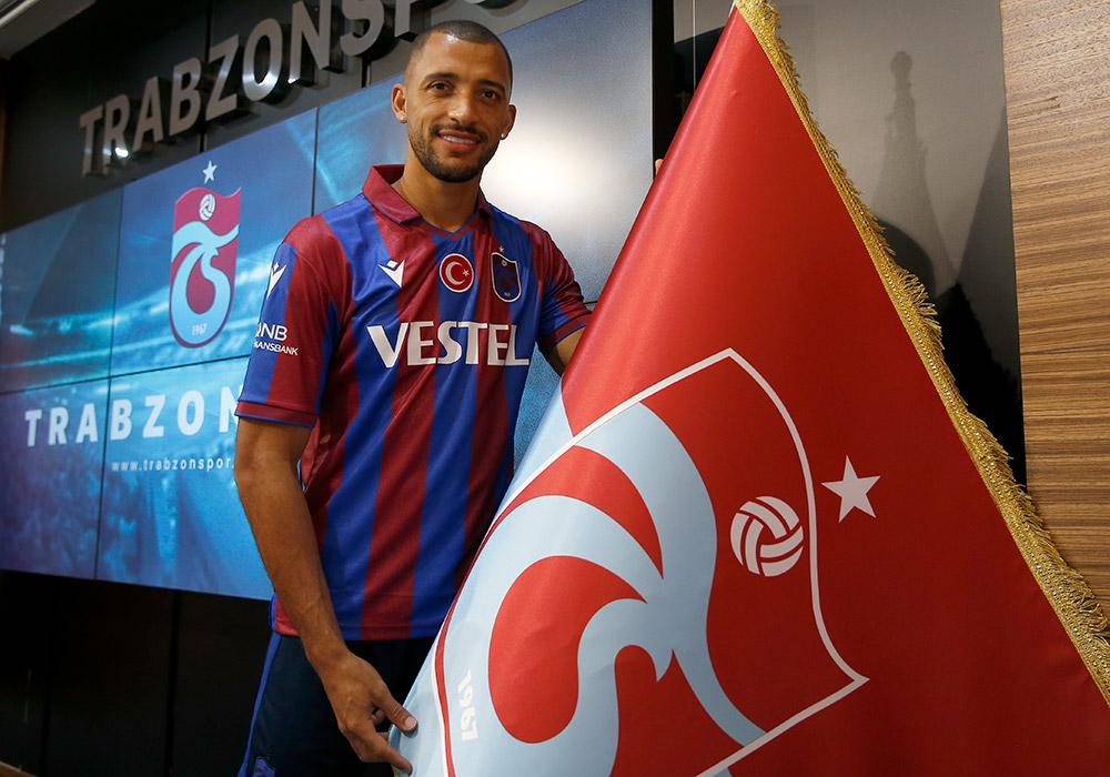 Trabzonspor'da Hugo ve Djaniny imza attı