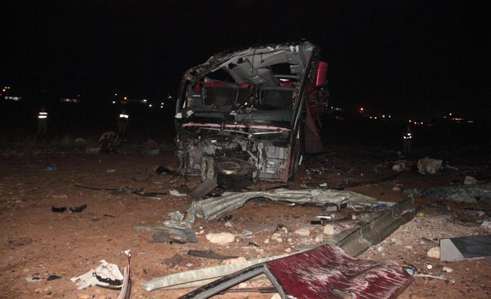 Şanlıurfa'da feci kaza: 32 yaralı