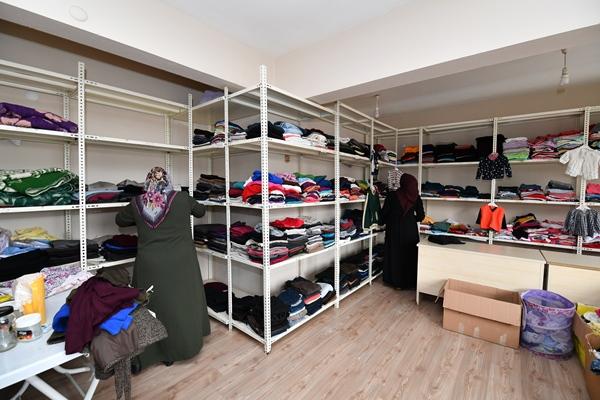 Trabzon'da giysi merkezi imdada yetişiyor!