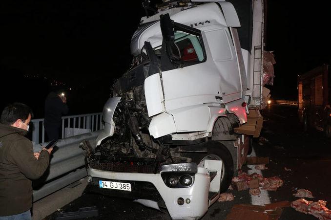 Yolcu otobüsü ile TIR çarpıştı: 4 yaralı