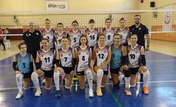 Trabzon'un altın kızlarıadını zirveye yazdırdı