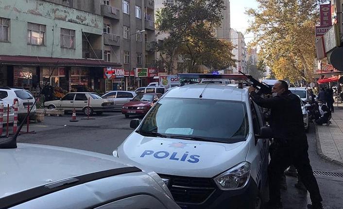 İhbara giden polis ekibine silahla ateş edildi: 2 polis yaralı
