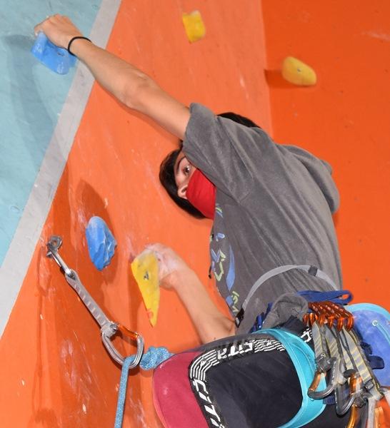 Trabzon'daki tırmanma duvarında şampiyonlar yetişiyor