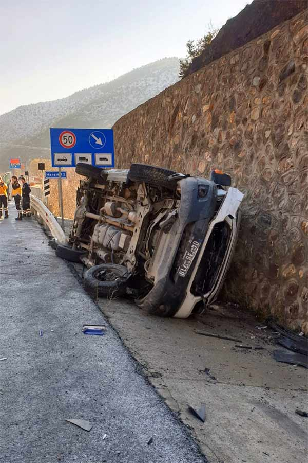 Trabzon'a gelen ambulans kaza yaptı