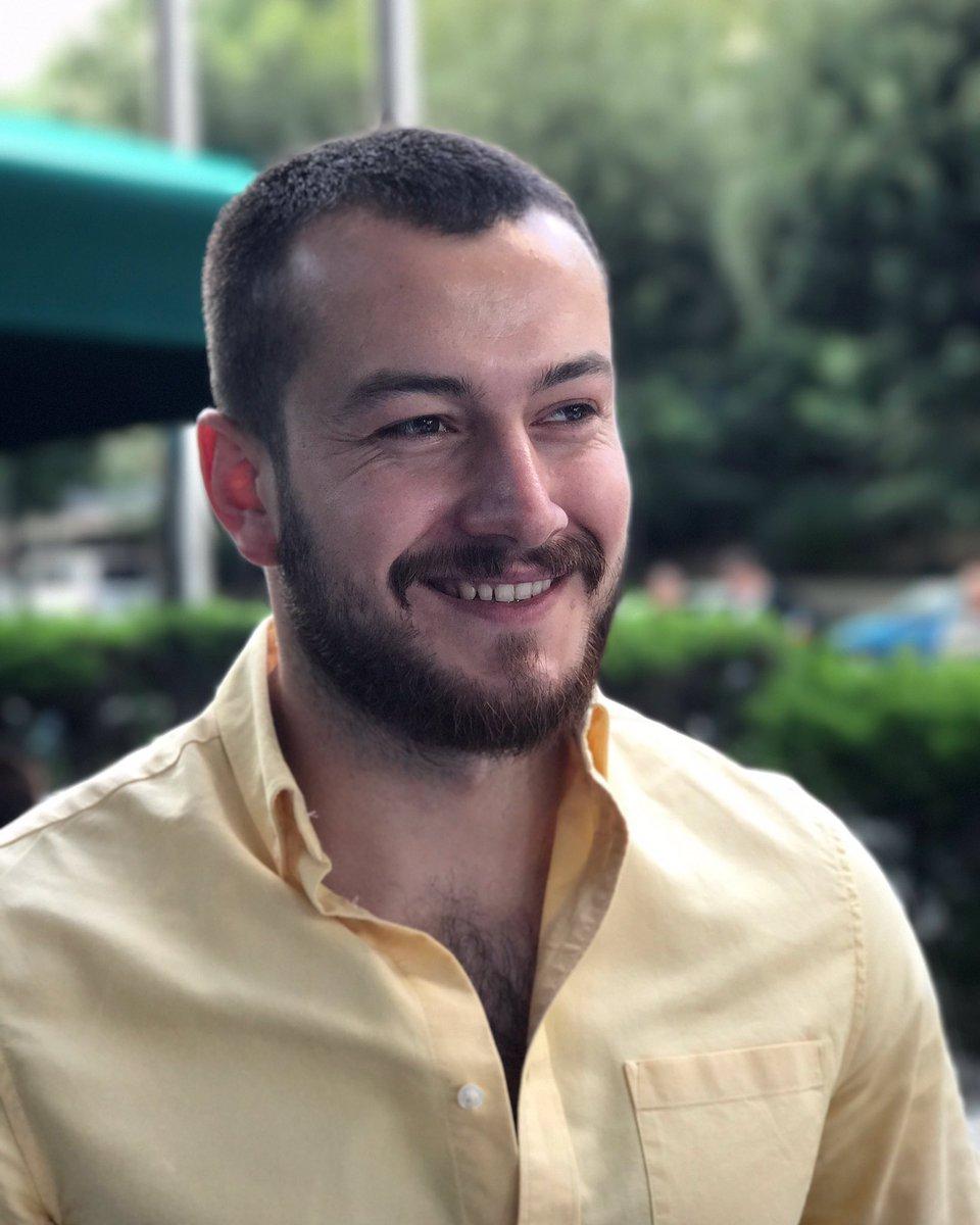 Fenomen Reşat Hacıahmetoğlu kimdir? Kaç yaşındadır?