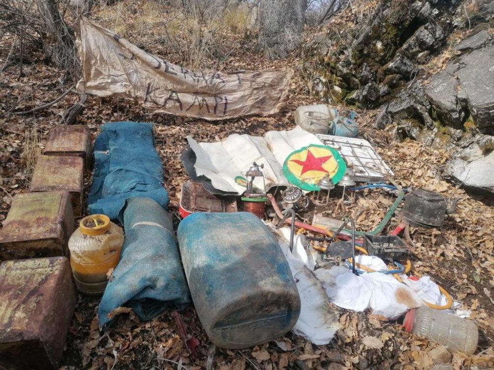 PKK'ya ait 10 sığınak imha edildi