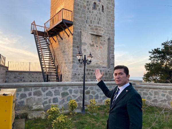 """Ahmet Kaya: """"Tarihi Ayasofya müzesine merdiven monte ettiler"""""""