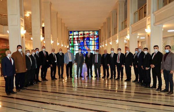 İBB, İYİ Partili 16 belediye başkanını ağırladı