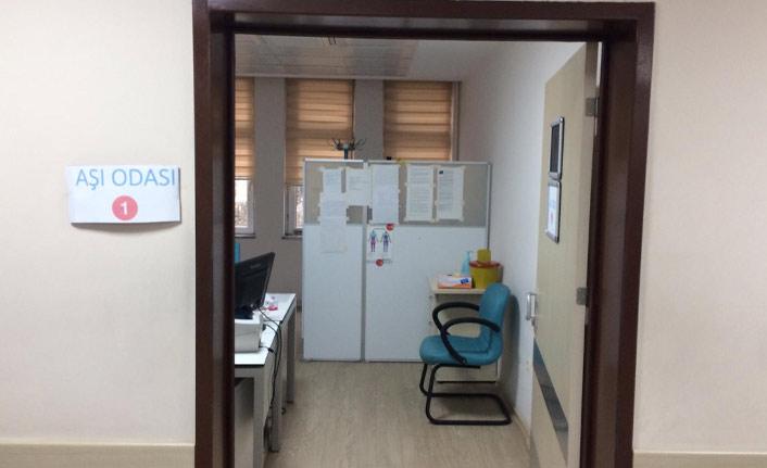 Fatih Devlet Hastanesi'nde kurulan aşı odası