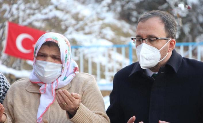 Kasapoğlu'ndan Eren Bülbül'ün mezarına ziyaret