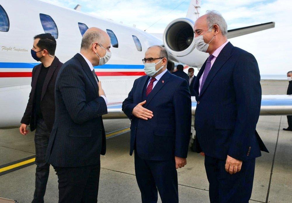 Bakan Karaismailoğlu ve İletişim başkanı Altun Trabzon'da
