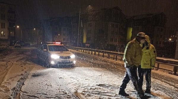 Ordu'da kar yağışı kaza getirdi