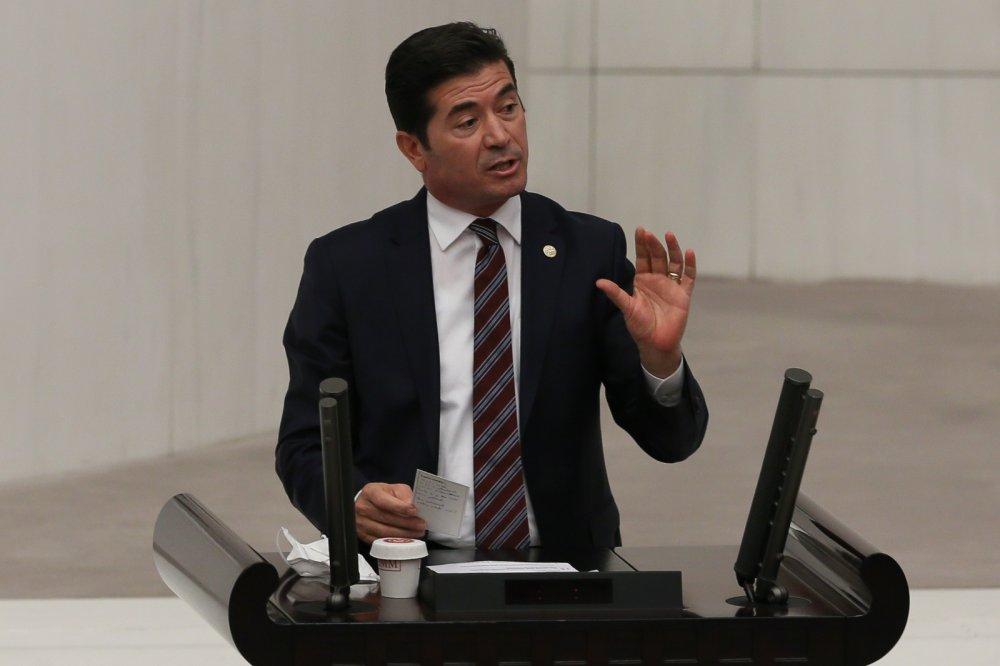 """CHP'li Kaya'dan AK Parti'ye tepki: """"Kongreler vaka sayılarını arttırıyor"""""""