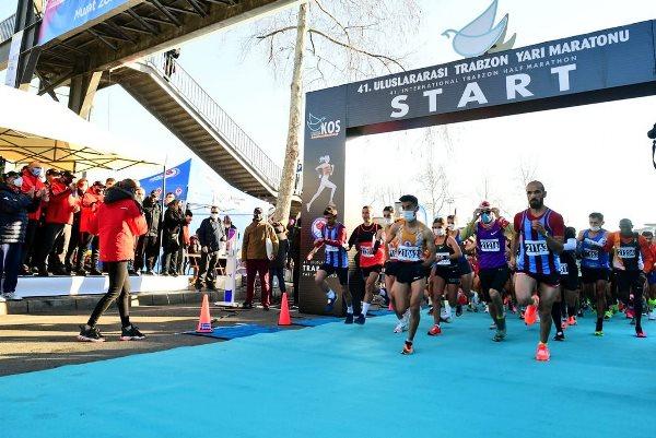 Trabzon Uluslararası Yarı Maratonu başladı