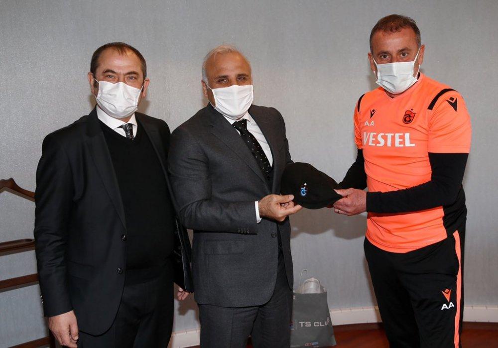 Başkan Zorluoğlu'ndan Abdullah Avcı'ya ziyaret