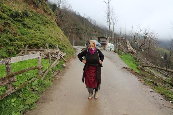 Karadeniz'de kısıtlamada, uyarılara rağmen yine köylere çıkıyorlar