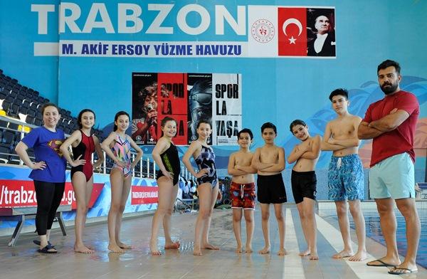 Trabzon'da kule ve tramplen atlama branşında sporcular yetişiyor