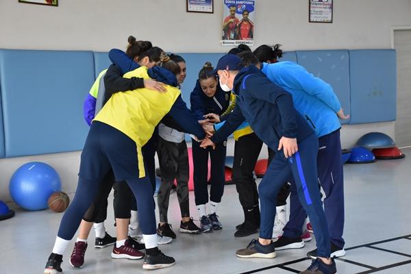 Trabzon'da kampa girdiler! Hedef olimpiyat vizesi
