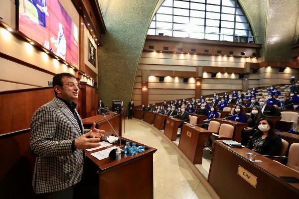 """Başkan İmamoğlu'ndan genç mesai arkadaşlarına mesaj: """"Her kamu çalışanı güçlü bireyler haline gelmeli"""""""