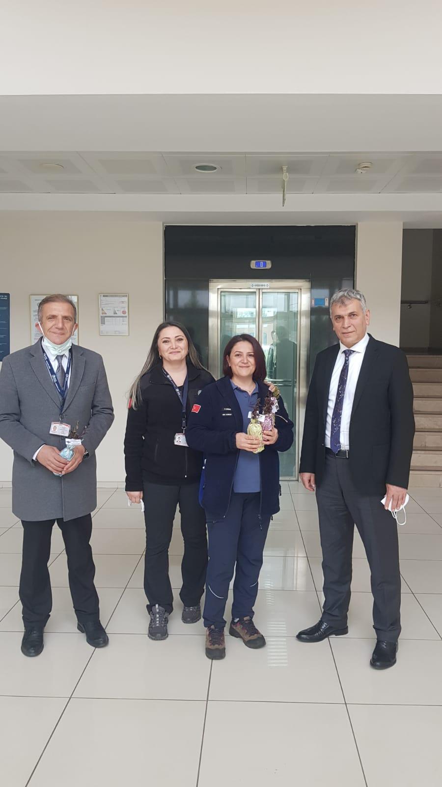 Trabzon Havalimanında Kadınlar günü
