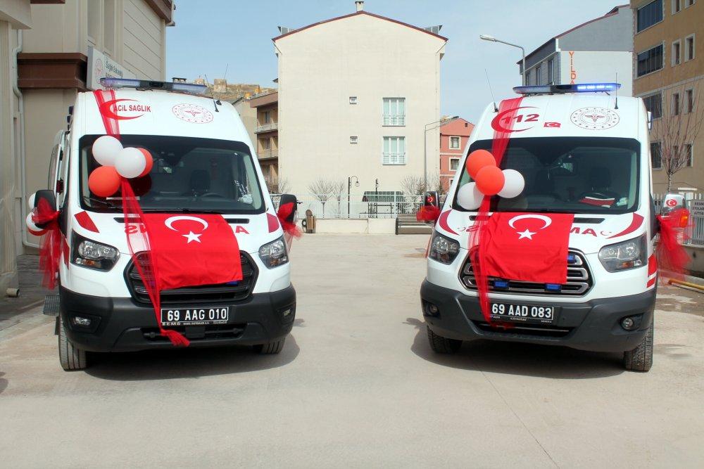 Bayburt'ta 5 yeni ambulans hizmete girdi