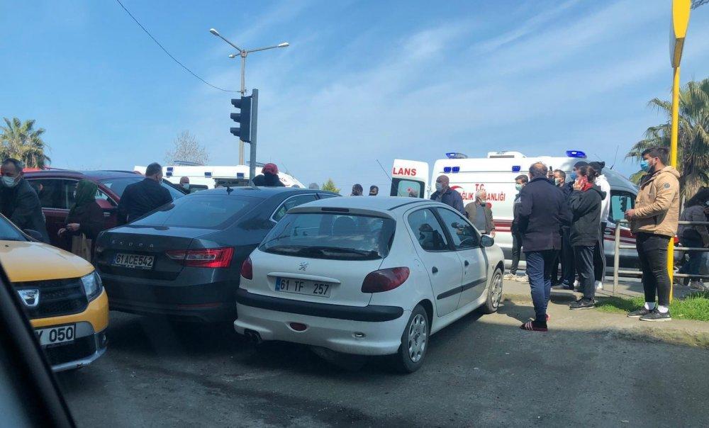 Trabzon'da trafikte kalp krizi geçirdi! Sürücü öldü 4 kişi yaralandı