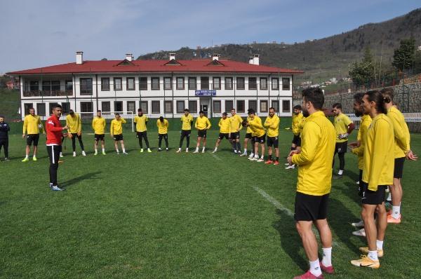 Hekimoğlu Trabzon Çorum FK maçına hazırlanıyor