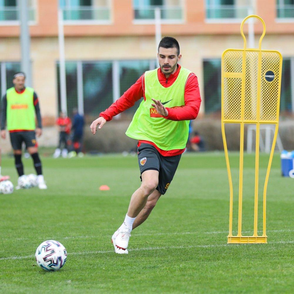 Trabzonspor'un rakibi Kayserispor'da son durum