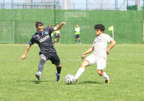 Trabzonspor'un Gençleri Sivasspor'u geçti