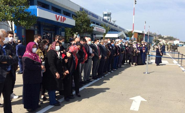 Şehit Burak Gençcelep'in naaşı Trabzon'da