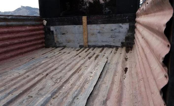 Trabzonlu genç hurda malzemeleri toplayıp kamyonet yaptı