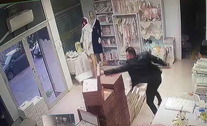Cezaevinden çıktı, eski sevgilisinin iş yerine saldırdı