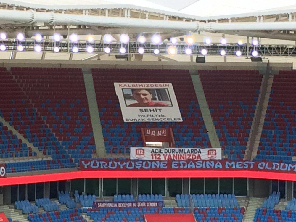 Trabzonspor Şehit Burak Geçcelep'i unutmadı