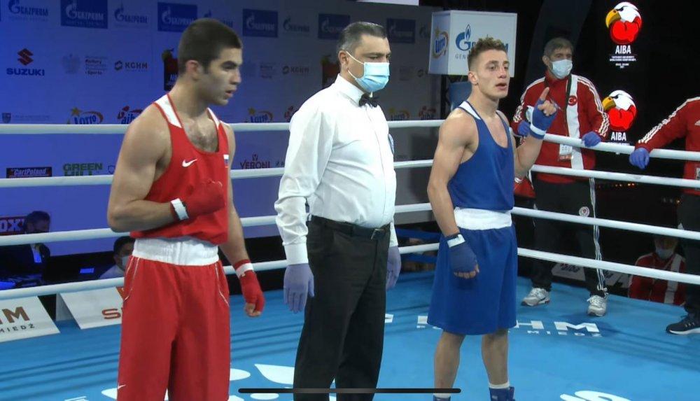 Trabzonlu boksör Kerem Özmen çeyrek finalde