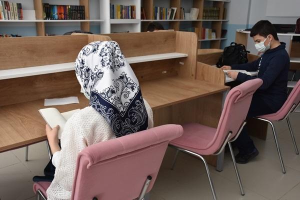 """Trabzon'da """"Oku, Anla, Yaşa"""" projesi! 13 Ülkeden öğrenciler bir araya geldi"""