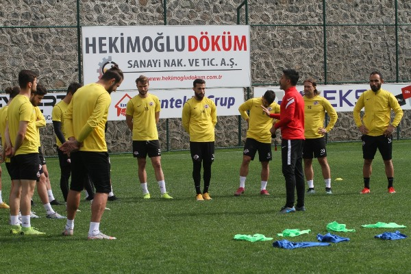 Hekimoğlu Trabzon İnegölspor'a hazırlanıyor