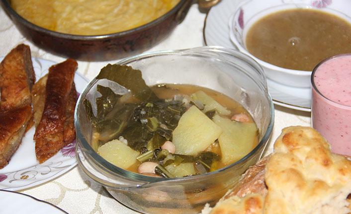 Karadeniz'de iftar sofralarının vazgeçilmezi: Lahana ve Pepeçura