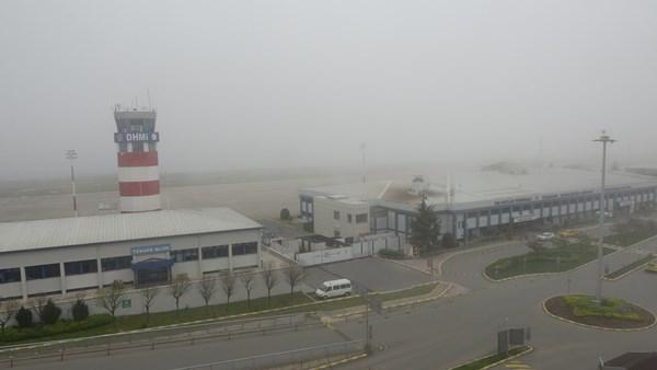 Trabzon'da uçuşlara sis engeli