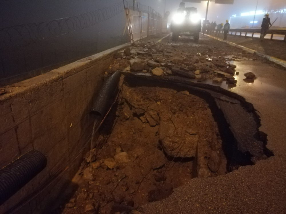 Trabzon'da patlayan su borusu onarıldı