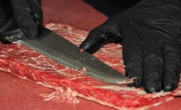 Bu etin kilosu 10 bin TL! Araba takası teklif eden var
