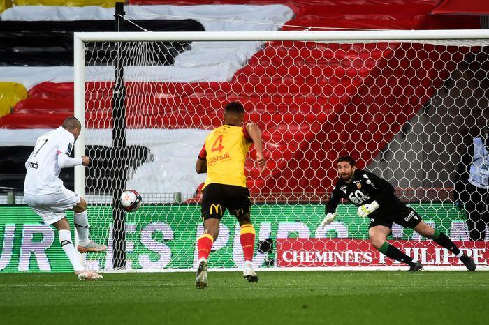 Burak Yılmaz Lille'i sırtlıyor! 2 gol daha