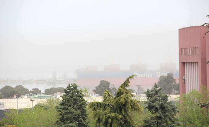 SamsunLimanı'nı toz bulutu sardı