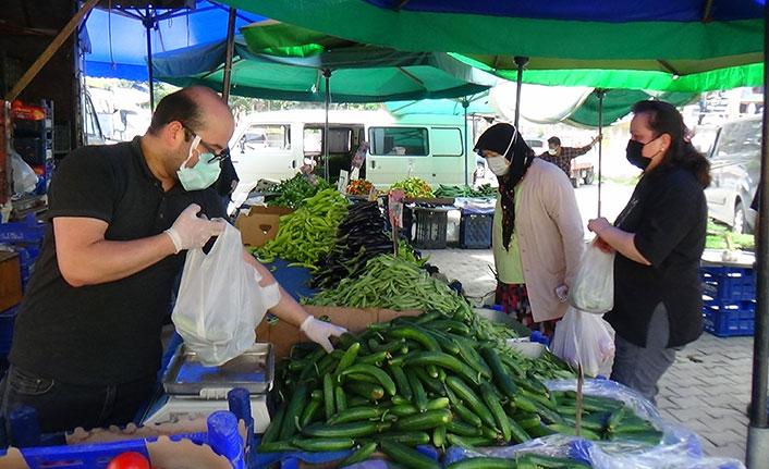 Vaka lideri Giresun'da kurulan semt pazarı yüzleri güldürdü