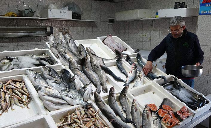 Trabzon balık halinde satışlar durma noktasına geldi