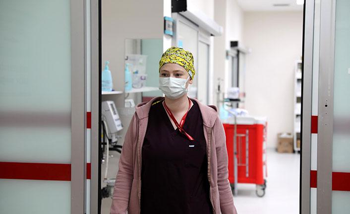 Yoğun bakım görevlisi Seher hemşire: O baskıyı eve gidince yüzümde bile hissediyordum