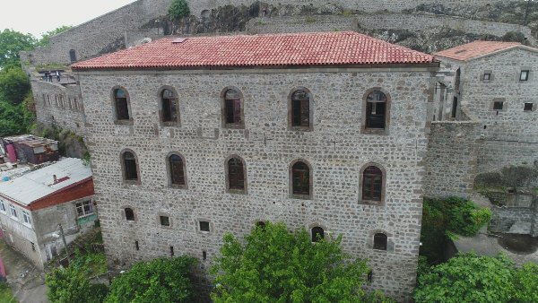Trabzon'da Kızlar Manastırı turizm sezonunu bekliyor