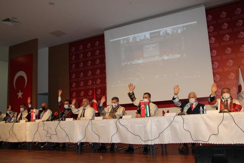 Filistin İçin Adalet ve İnsan Hakları Çağrısı Toplantısı'na