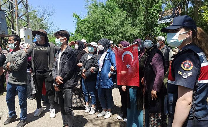 Ölçüm kavgasında karşı karşıya gelen vatandaşlara jandarma müdahalesi