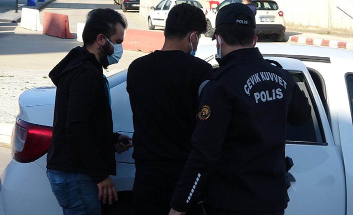 Kapalı alanda kenevir yetiştirenlere operasyon: 11 gözaltı